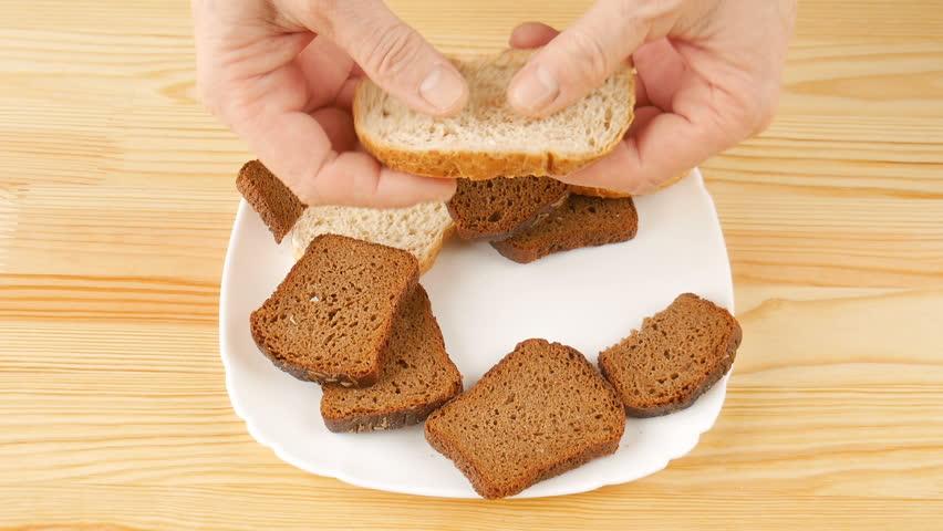 Какой хлеб можно при грудном вскармливании (гв): ржаной, черный