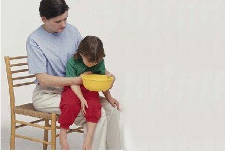 Аллергия на смесь у грудничка: причины, симптомы, методы лечения и профилактика