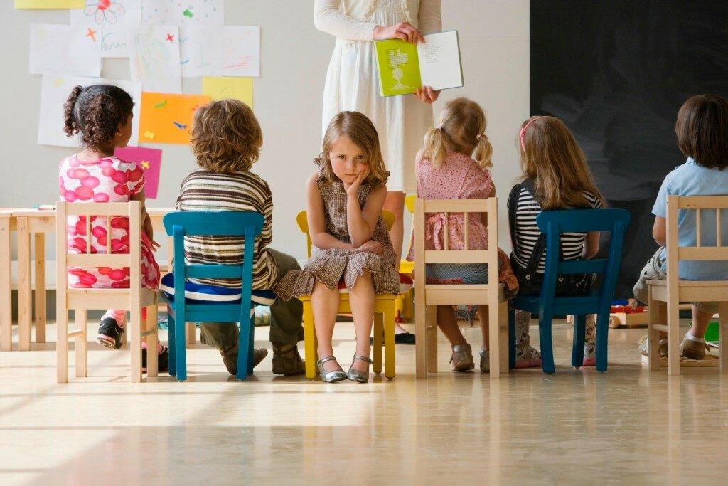 Если ребенок плачет в детском саду, что делать? - мама нам