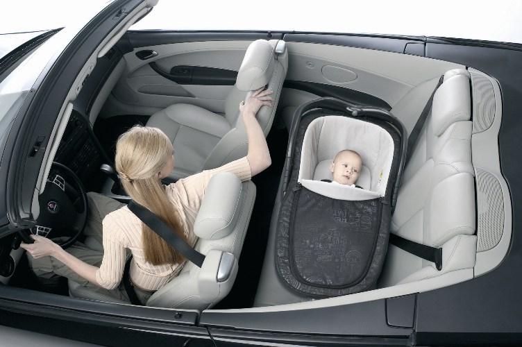 Как перевозить новорожденных: основные правила при перевозке на самолете, в поезде или электричке, а также когда запрещена транспортировка грудничка