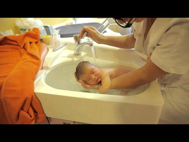 Как подмывать мальчика новорожденного? - все о родах