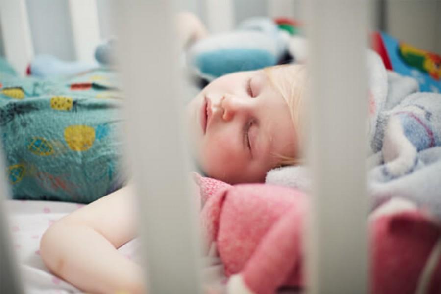 Как приучить спать без пелёнки?