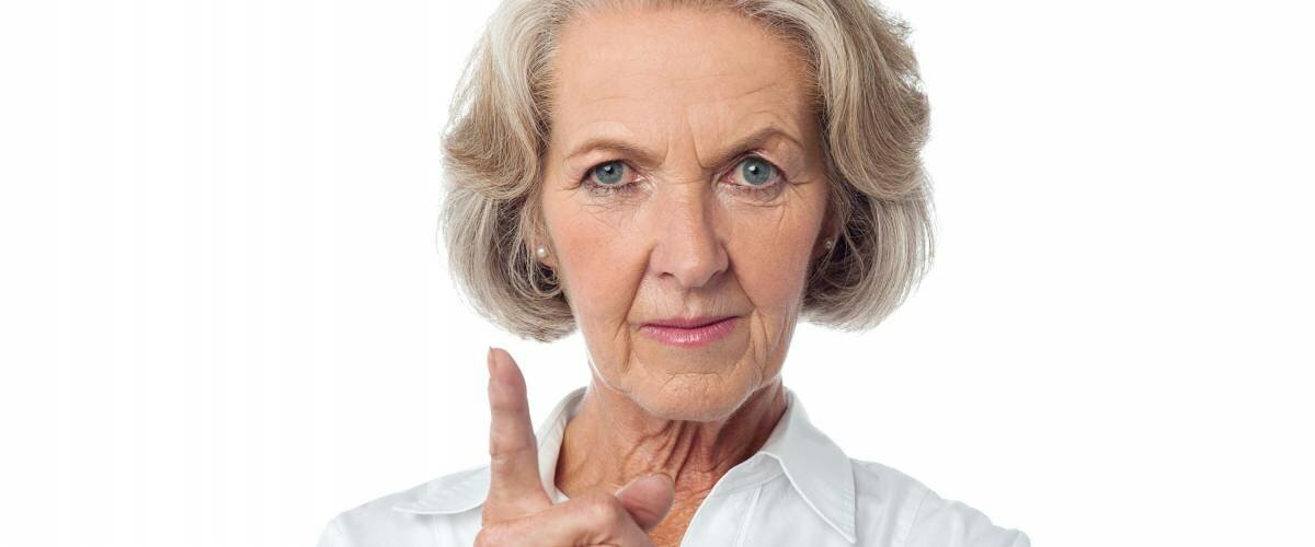 Глупые и бессмысленные советы бабушек. 10 бесполезных вещей, которые мы делаем на кухне по примеру наших мам и бабушек.